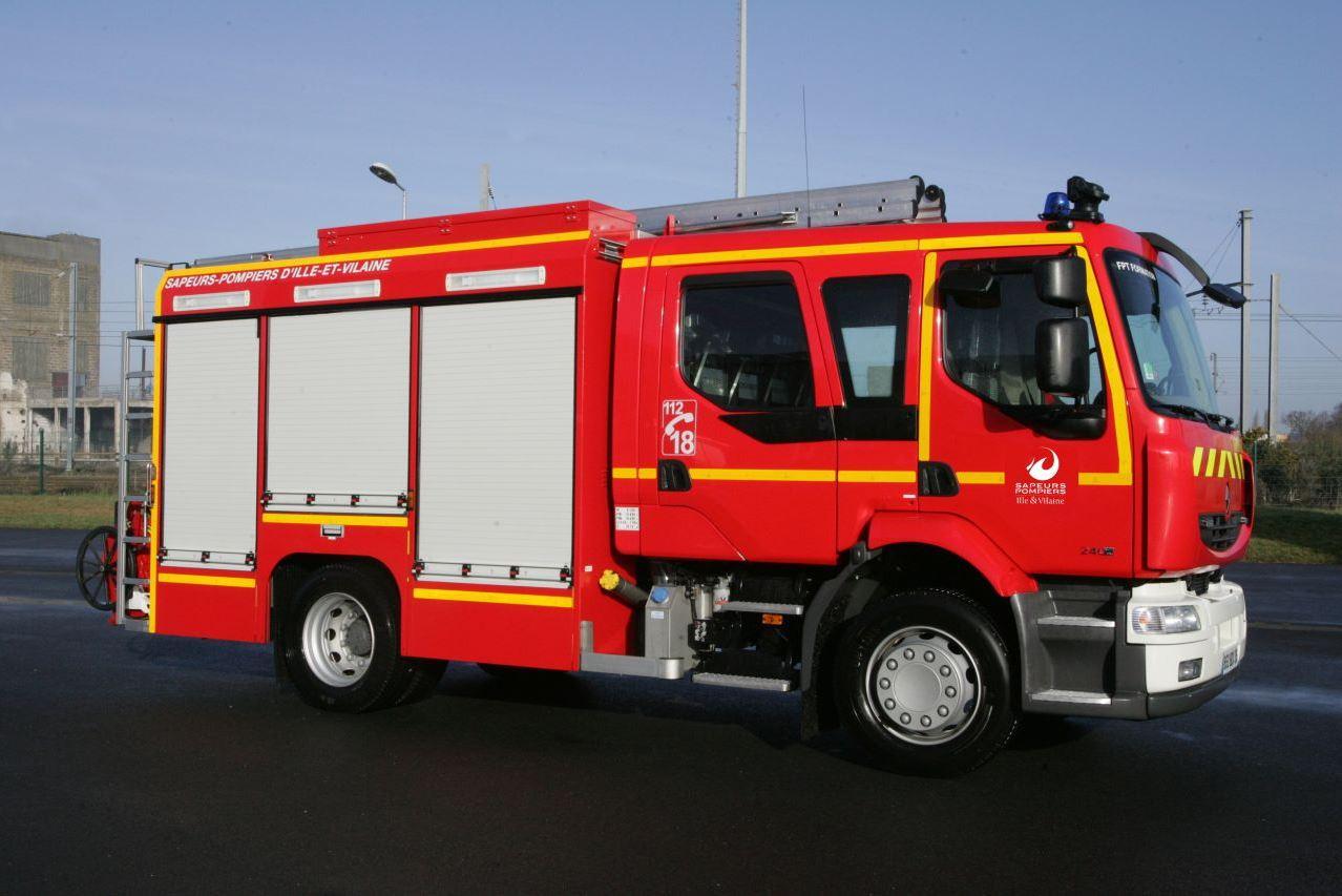 Fourgon Pompe Tonne - FPT (pour les feux d'habitations)
